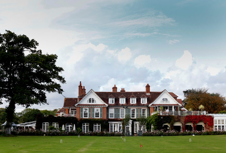 Chewton Glen wedding photographs