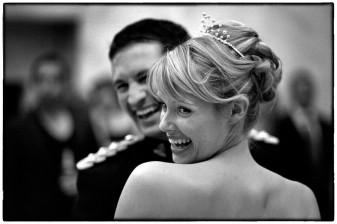 Hampton Court House wedding photographer capturing the first dance