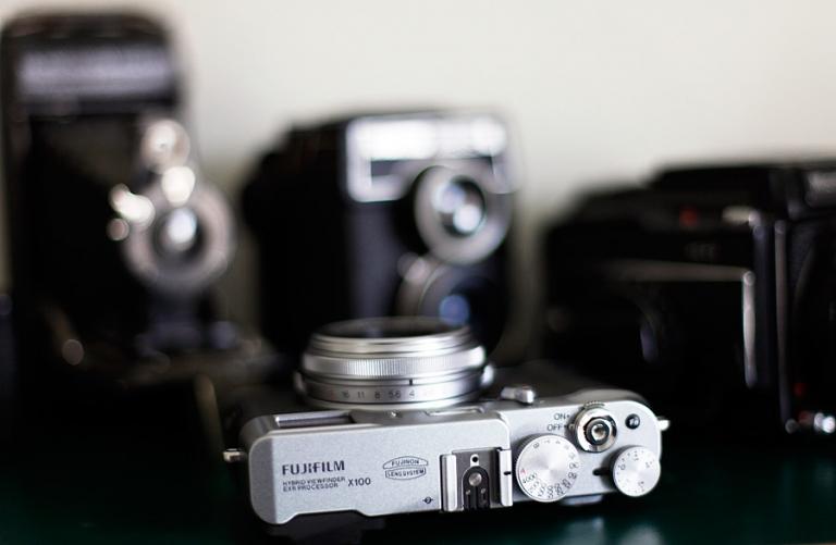 Fuji X100 camera for wedding photographers