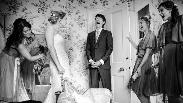 expressions in wedding photography, reactions to a moment